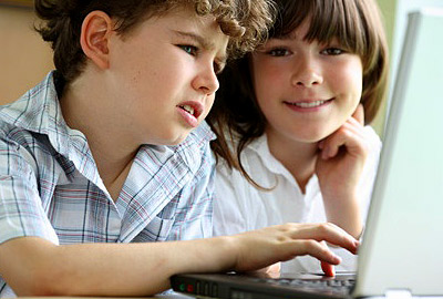 Kids practicing English online